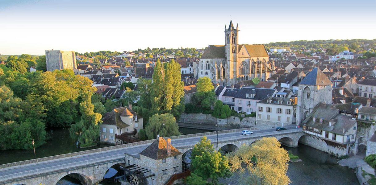 Au coeur de la petite cité médiévale